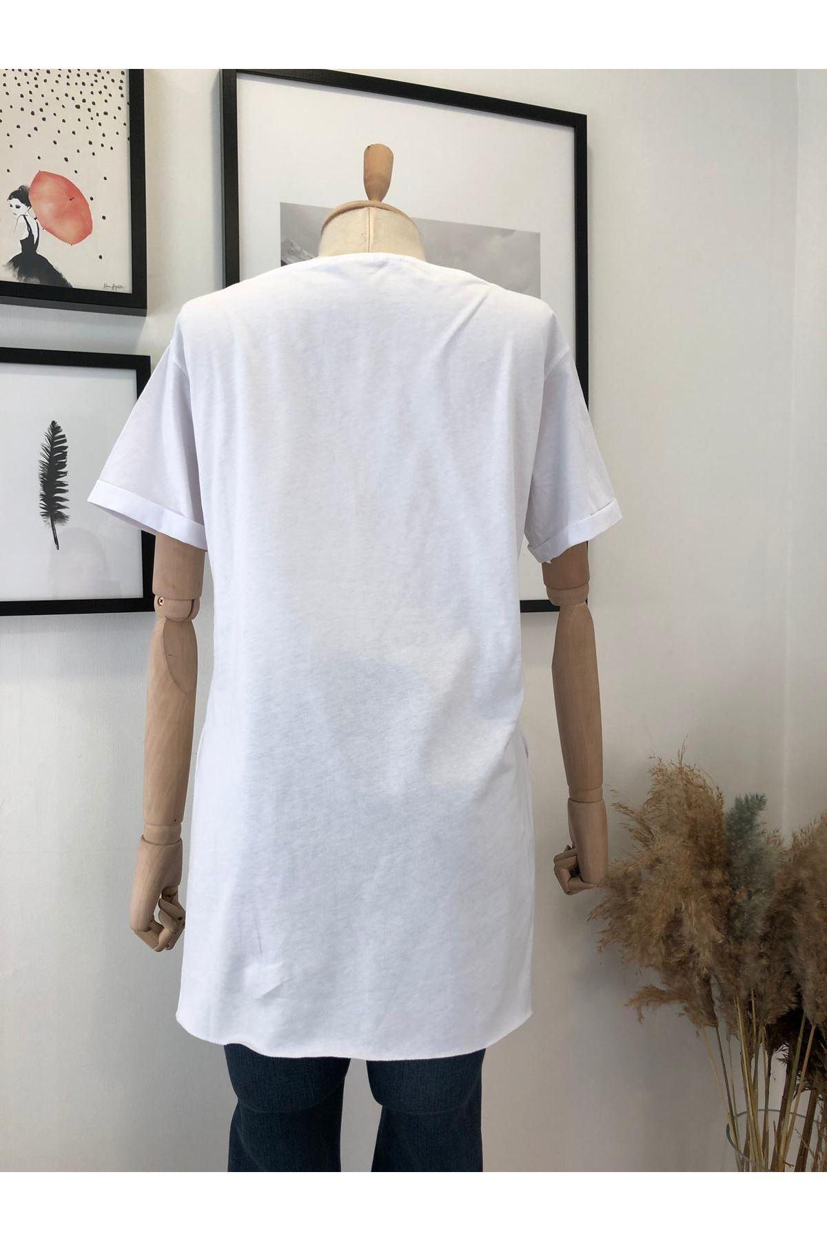Cepleri Pul Detaylı T-shirt - Beyaz