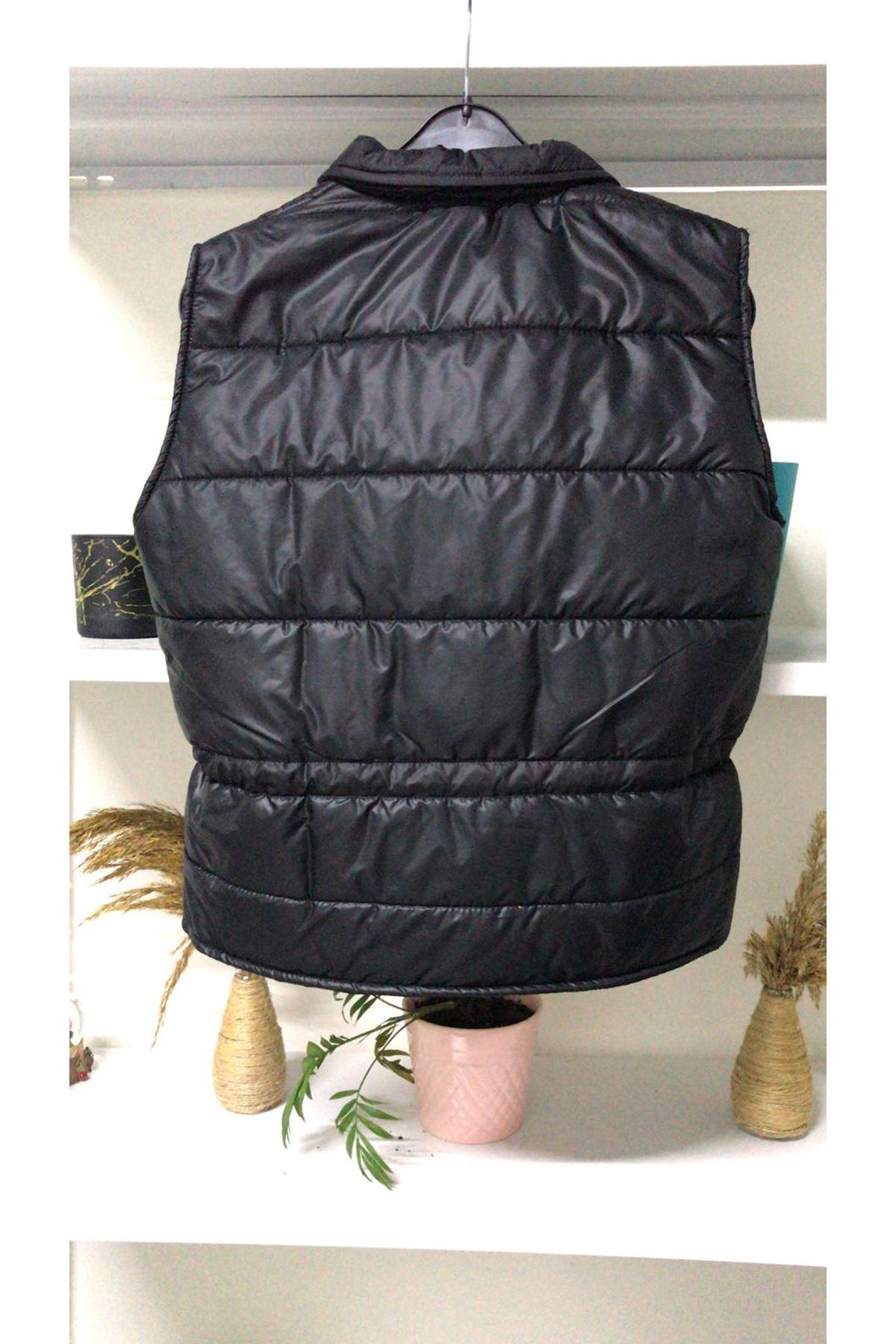 Yanlardan Büzgülü Şişme Yelek - siyah