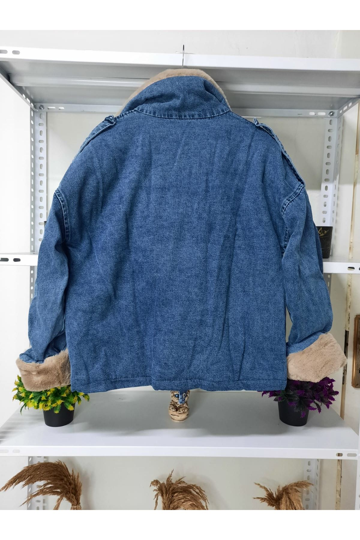 Kuzu Peluşlu Kot Ceket - ekru