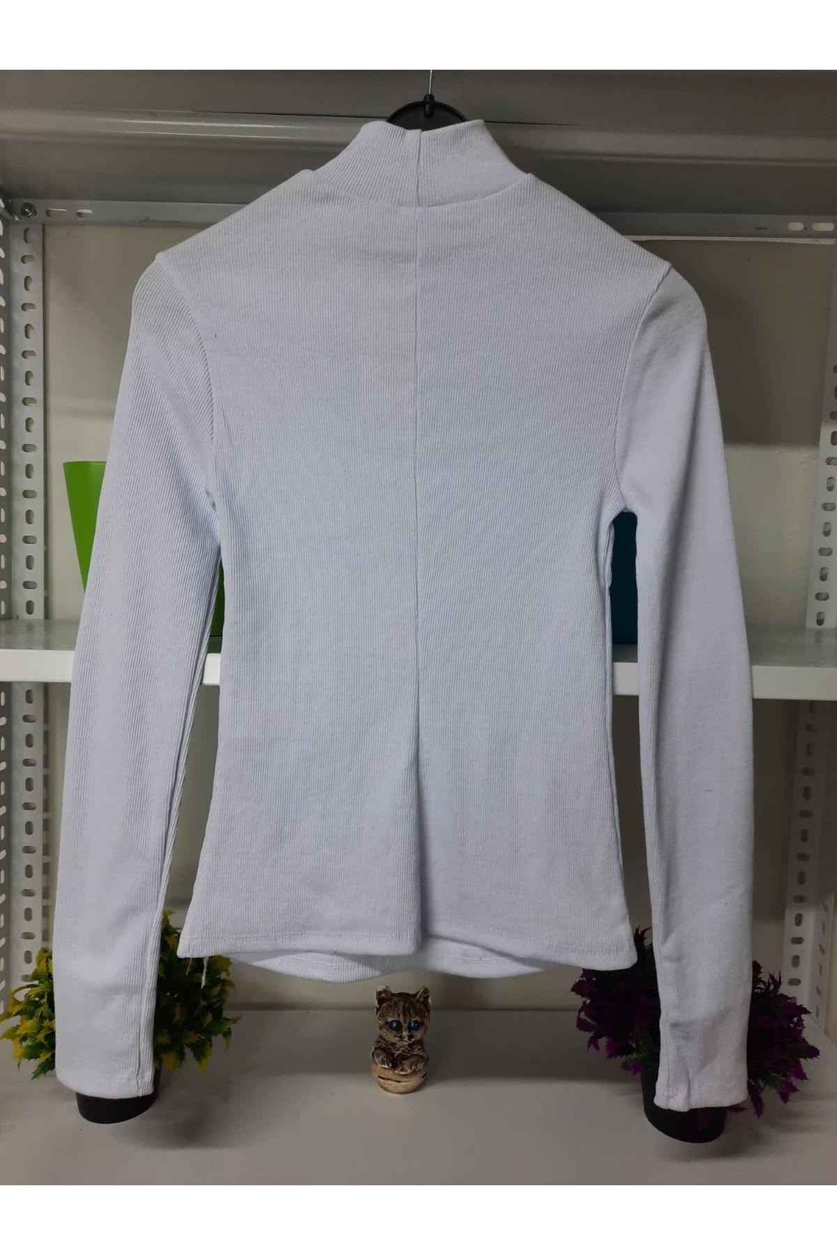 Dekolte Detay Karşkorse Bluz - BEYAZ