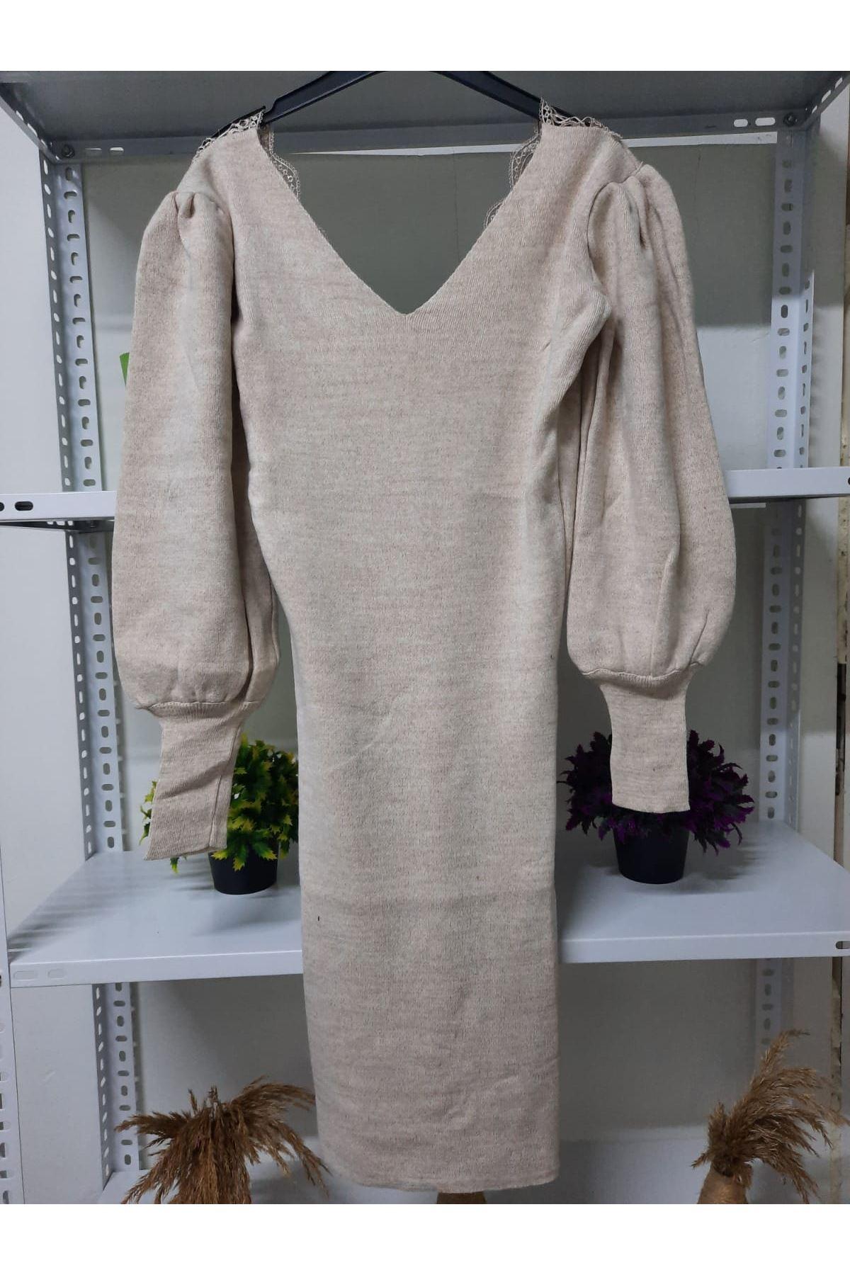 Sırt V Yaka Triko Elbise - bej