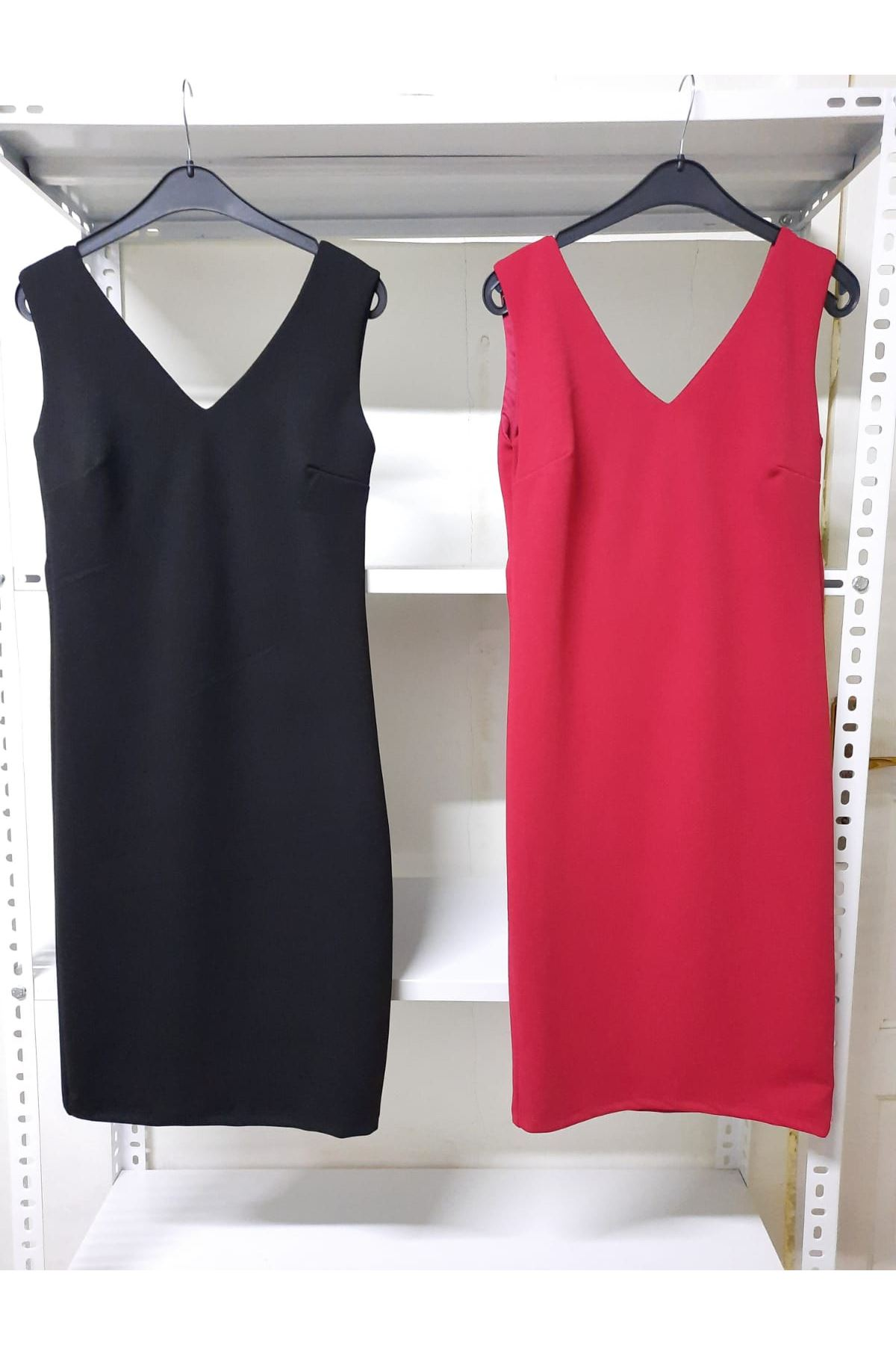 V Yaka Crep Kalem Elbise - Kırmızı