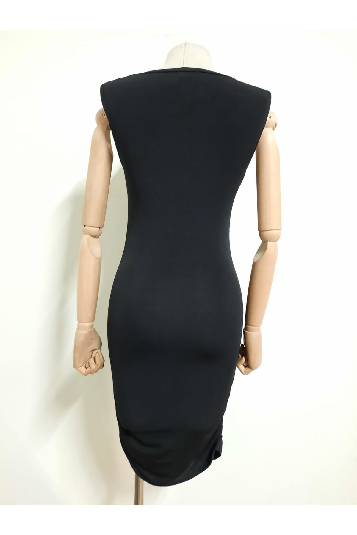 Dekolteli Mini Elbise - Siyah
