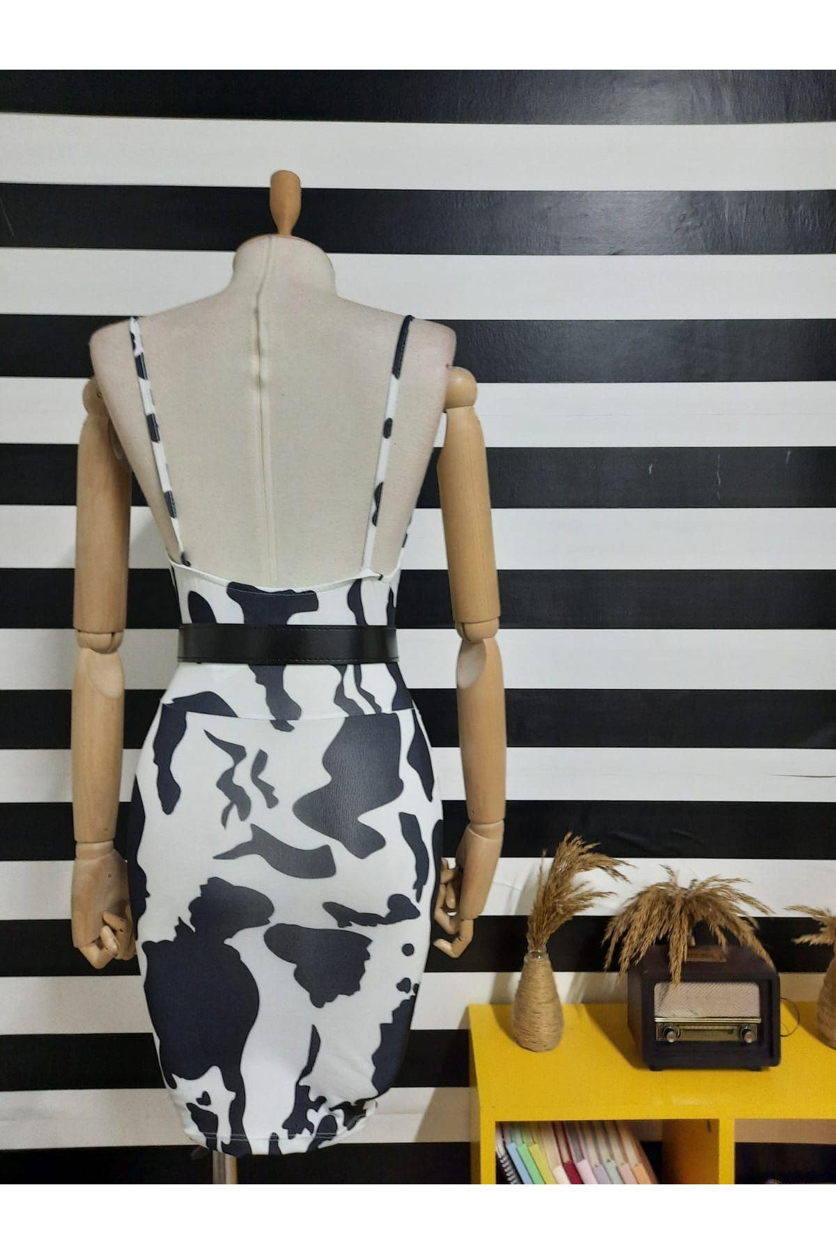 Dijital Dalmaçya Baskılı Kemerli Elbise - BEYAZ