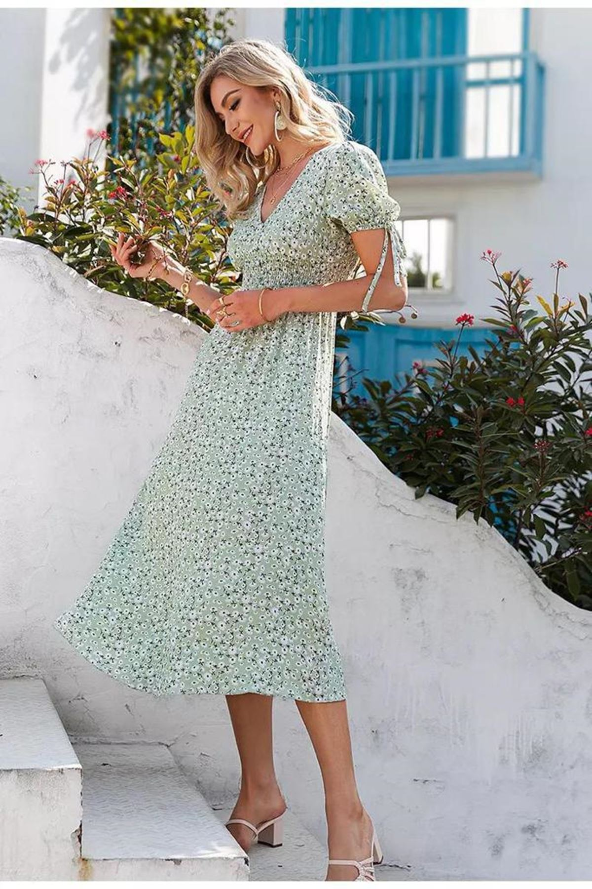 Bel Gipeli Çiçek Desen Elbise - MİNT
