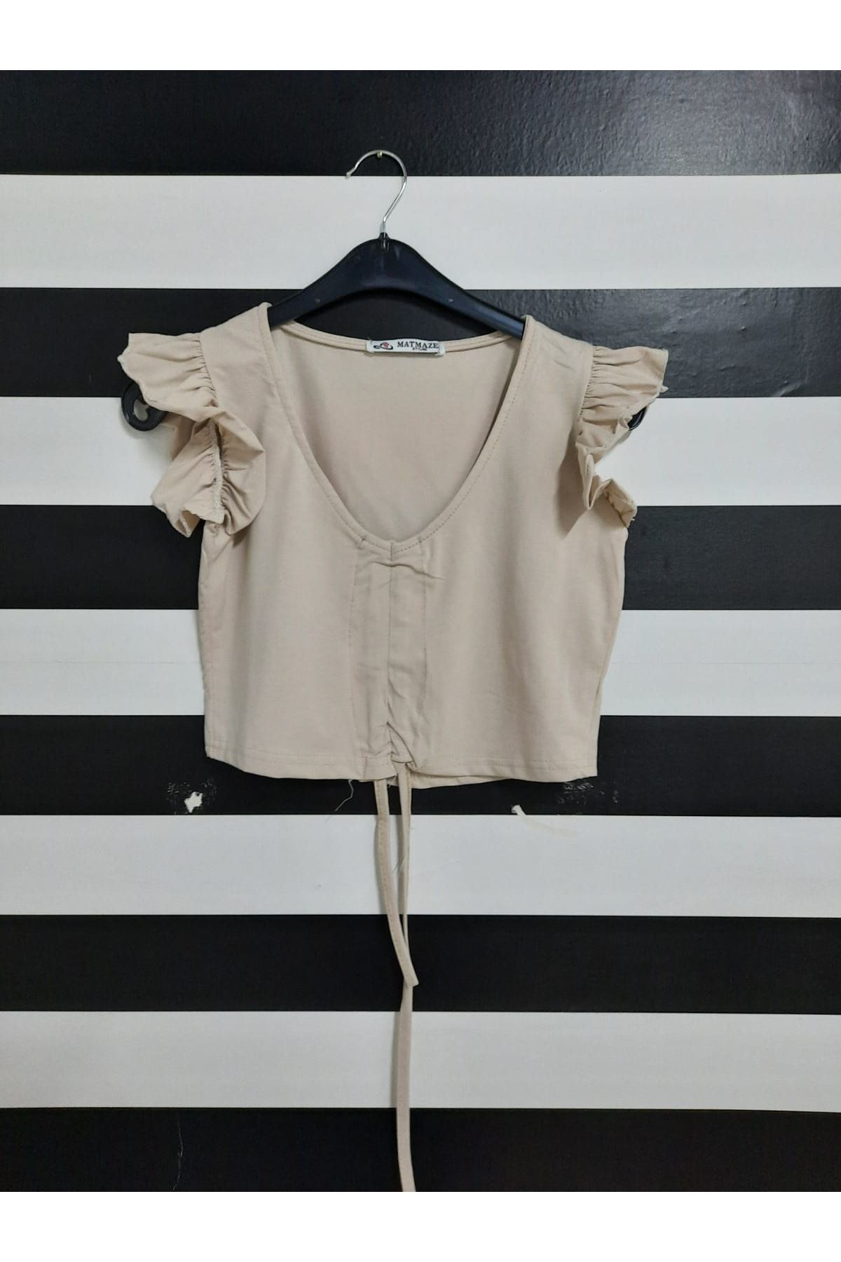 Omuz Fırfırlı Crop Bluz - BEJ