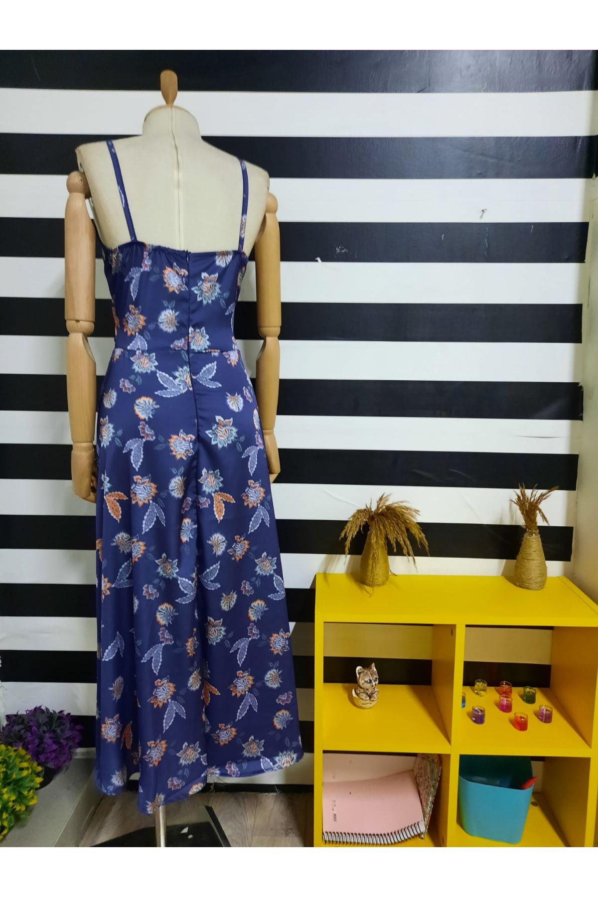 Dijital Baskılı Dekolte Detaylı Saten Elbise - MAVİ