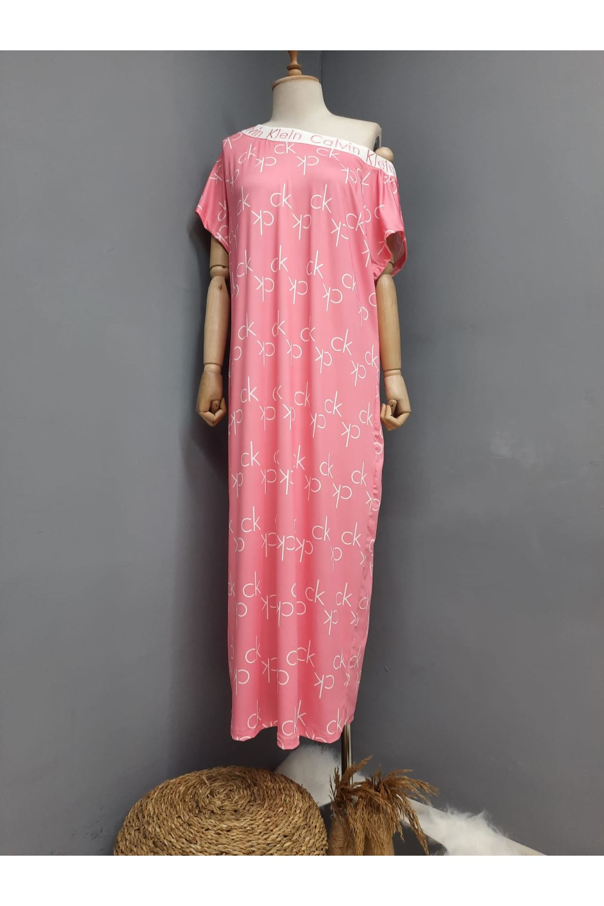CK Model Omuz Lastikli Maxi Elbise -PUDRA