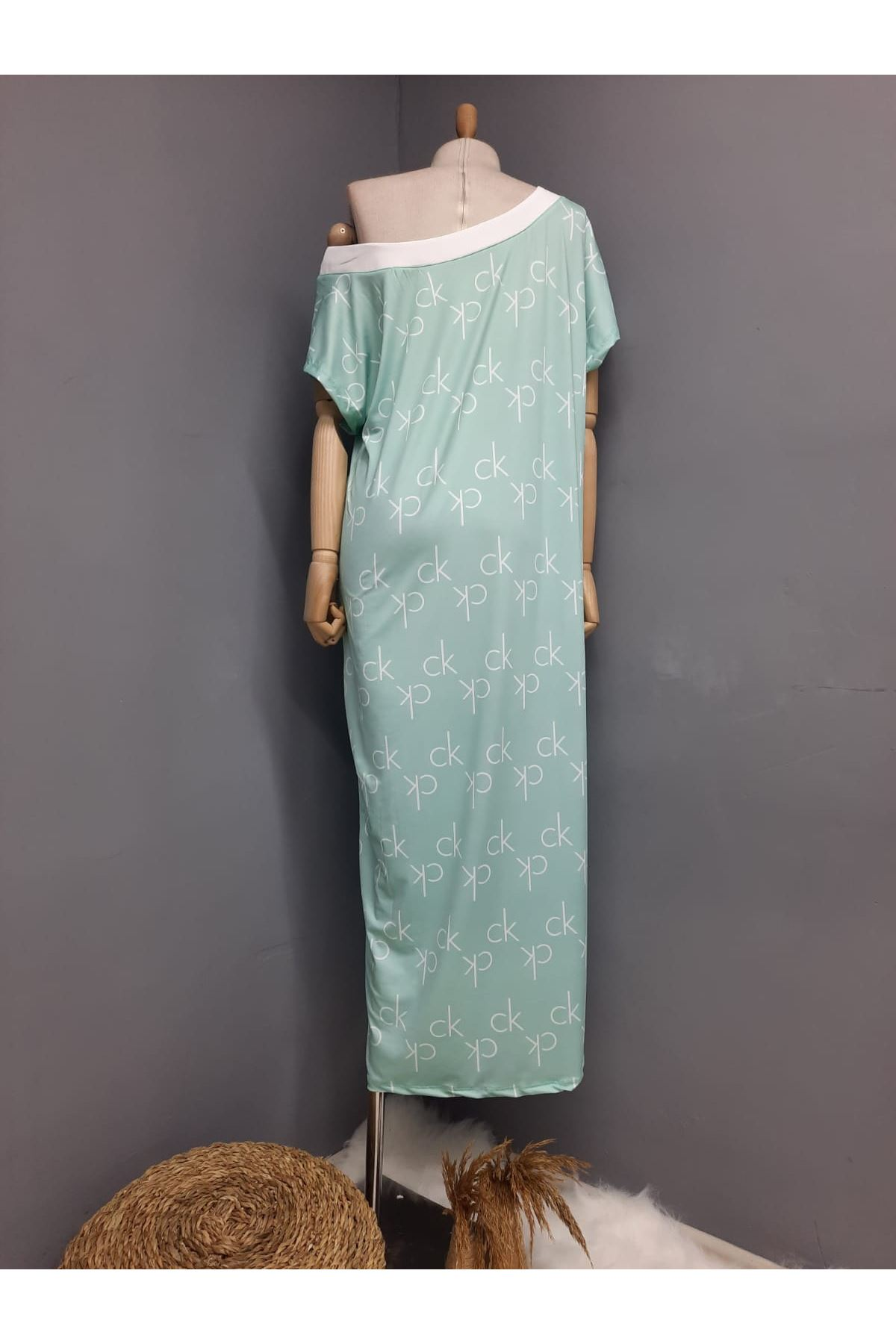 CK Model Omuz Lastikli Maxi Elbise - MİNT