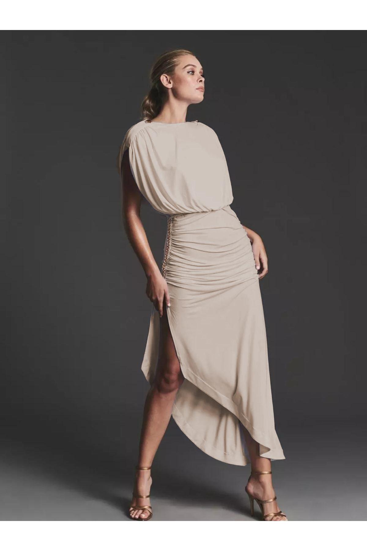 Zincir Detaylı Sırtı Açık Viskon Elbise - BEJ