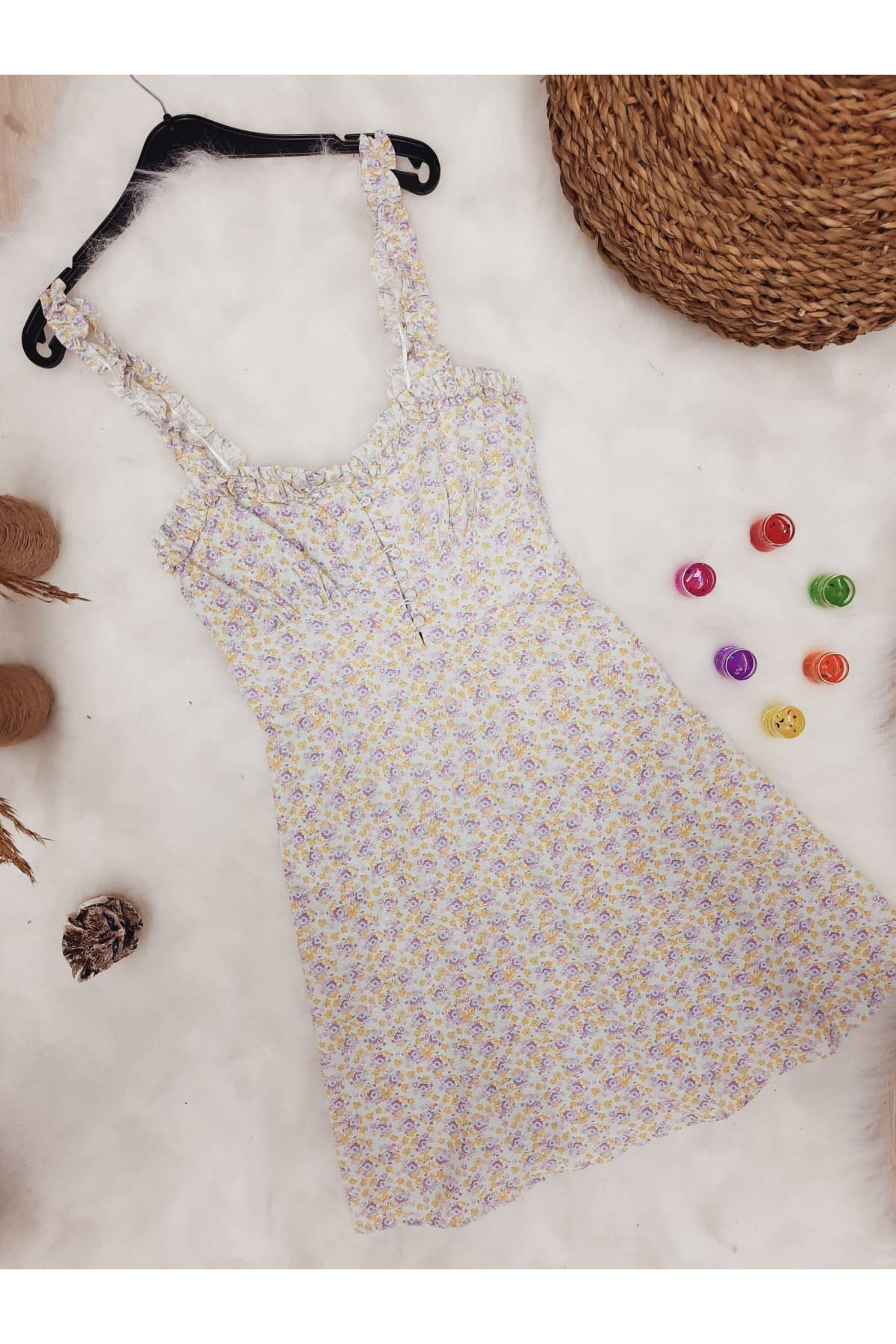 Düğme Detaylı Fırfır Askılı Elbise - EKRU