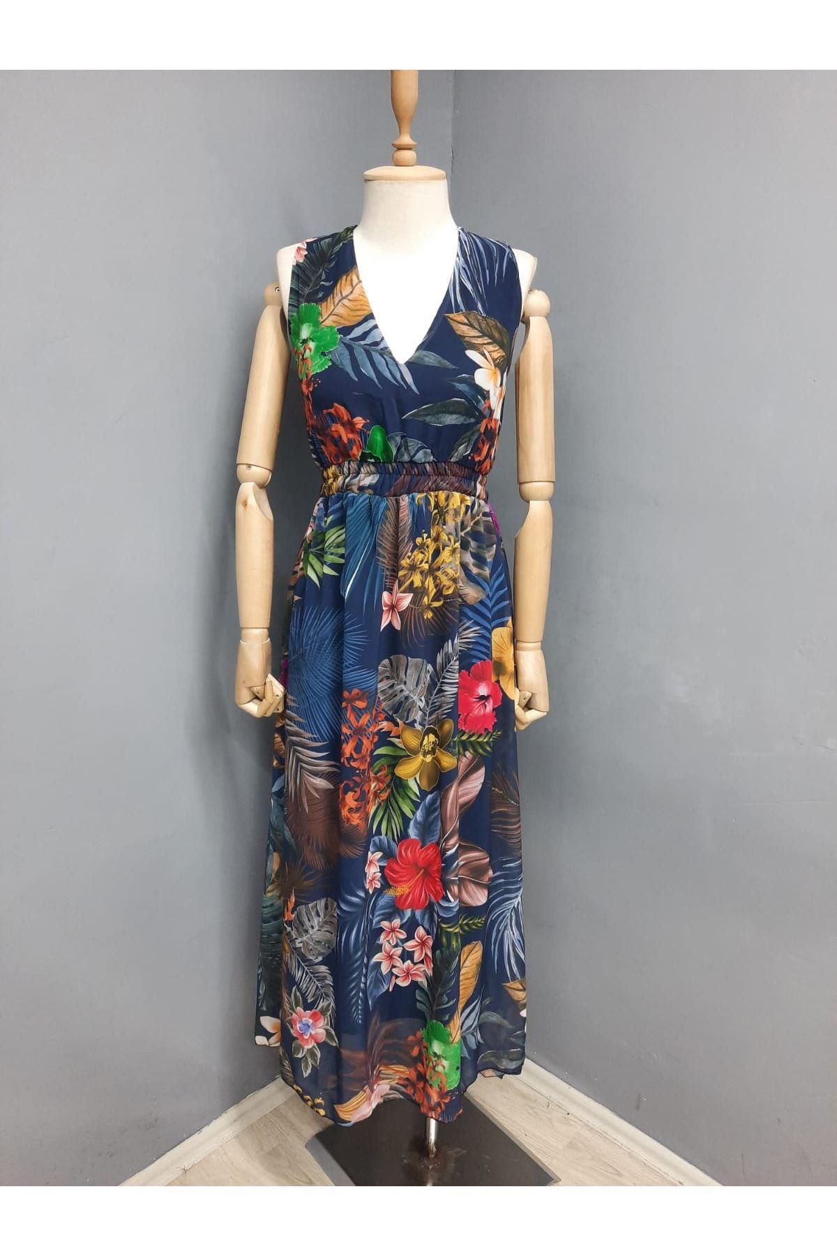 Sırt Dekolte Garnili Şifon Elbise - SİYAH