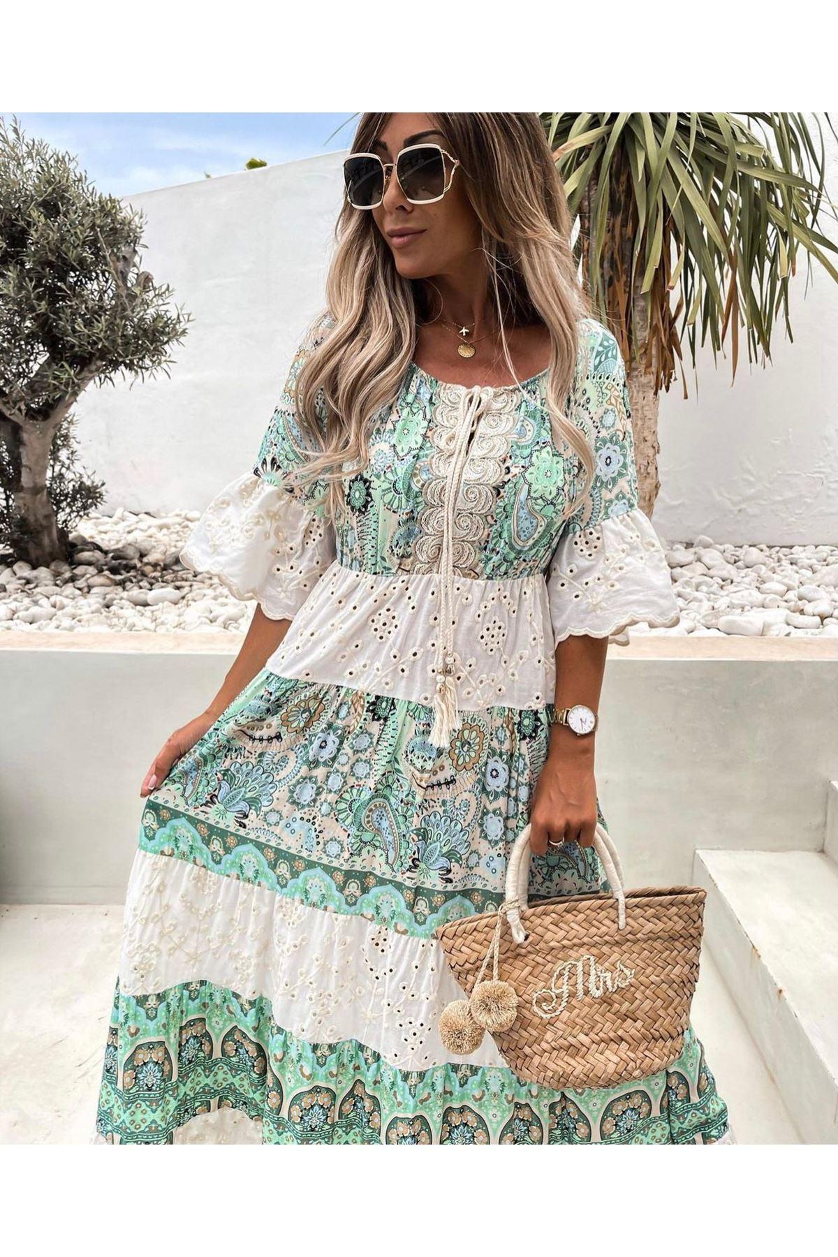 Otantik Desen Fisto Detaylı Elbise - BEJ