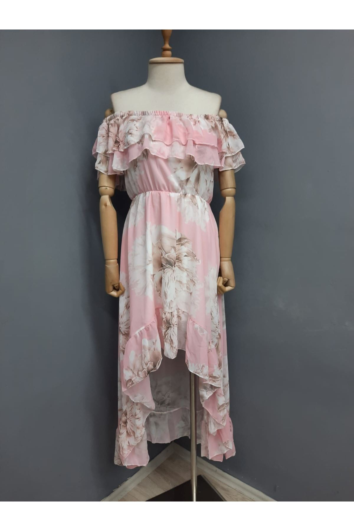 Madonna Yaka Asimetrik Şifon Elbise - PUDRA