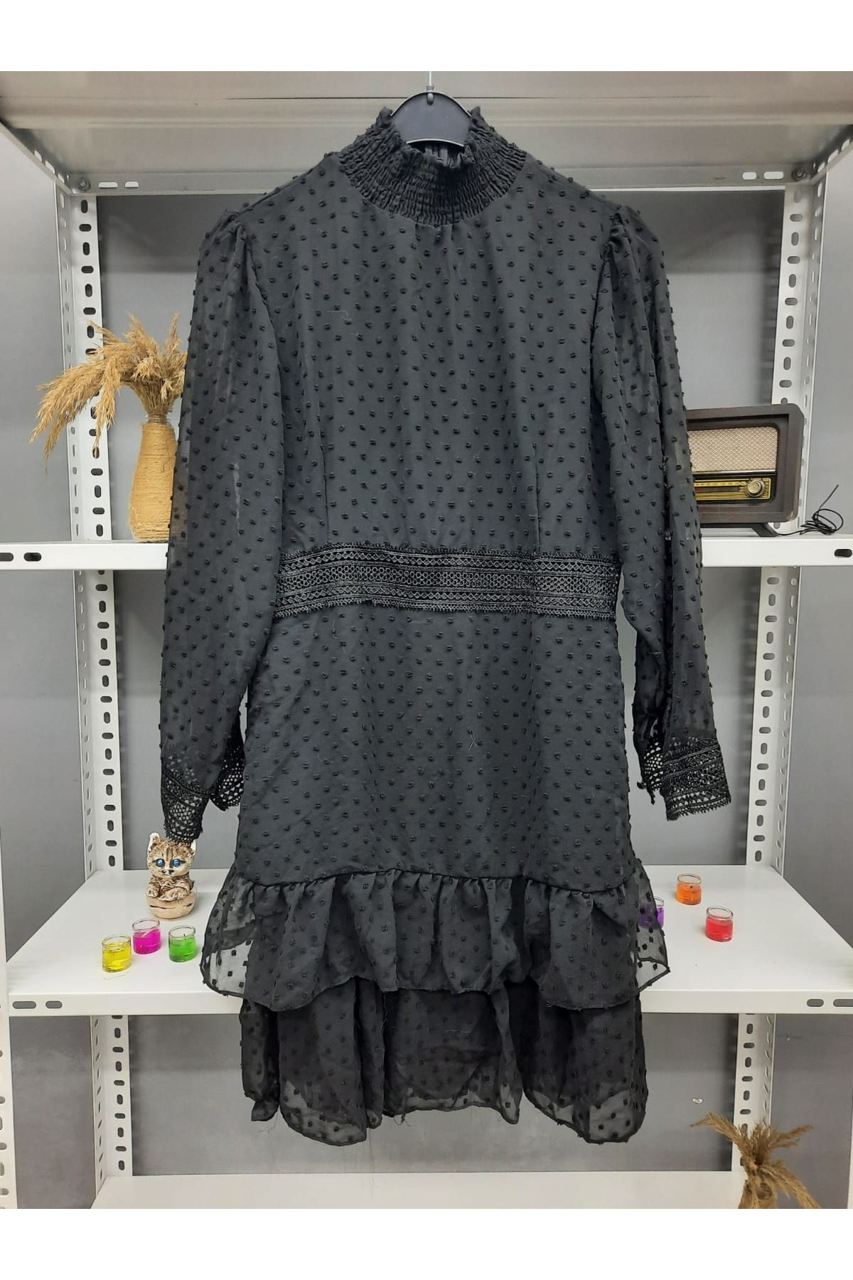 Bel Güpürlü Mini Elbise - SİYAH