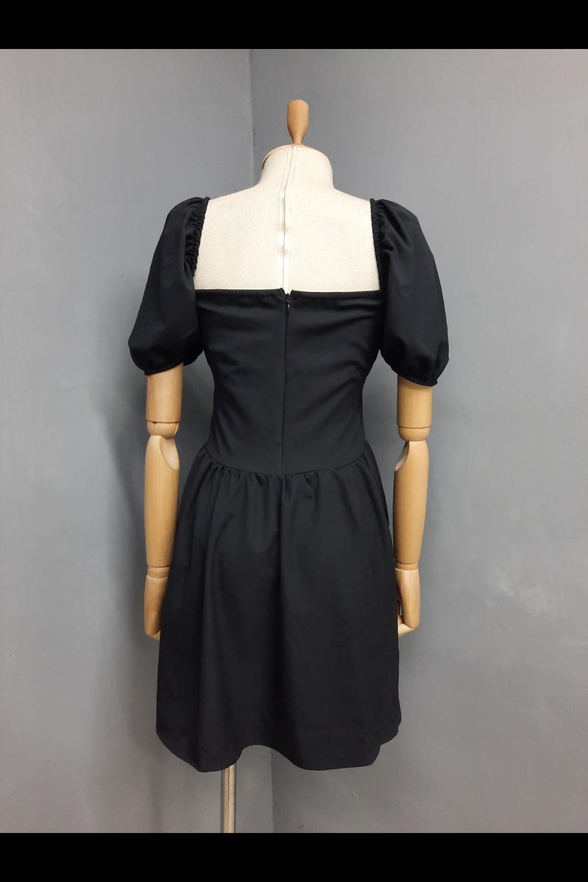 Büzgü Detaylı Kiloş Elbise - SİYAH