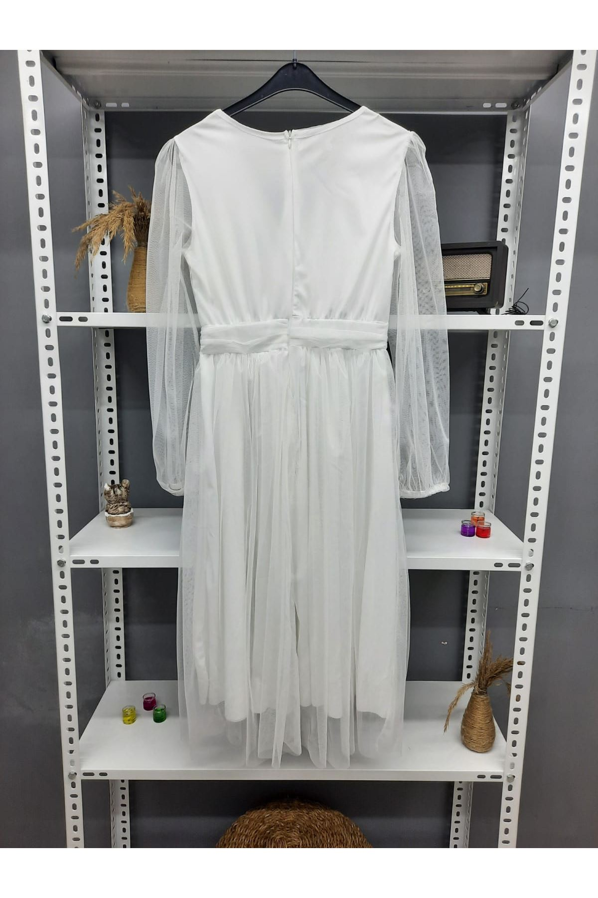 V Yaka Tül Midiboy Elbise - BEYAZ