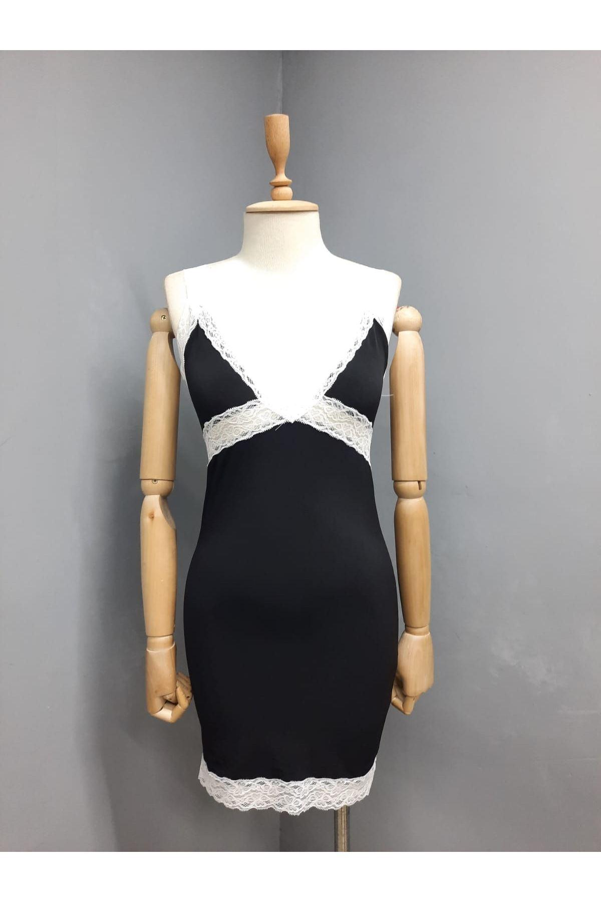 Dantel Detay Mini Elbise - SİYAH