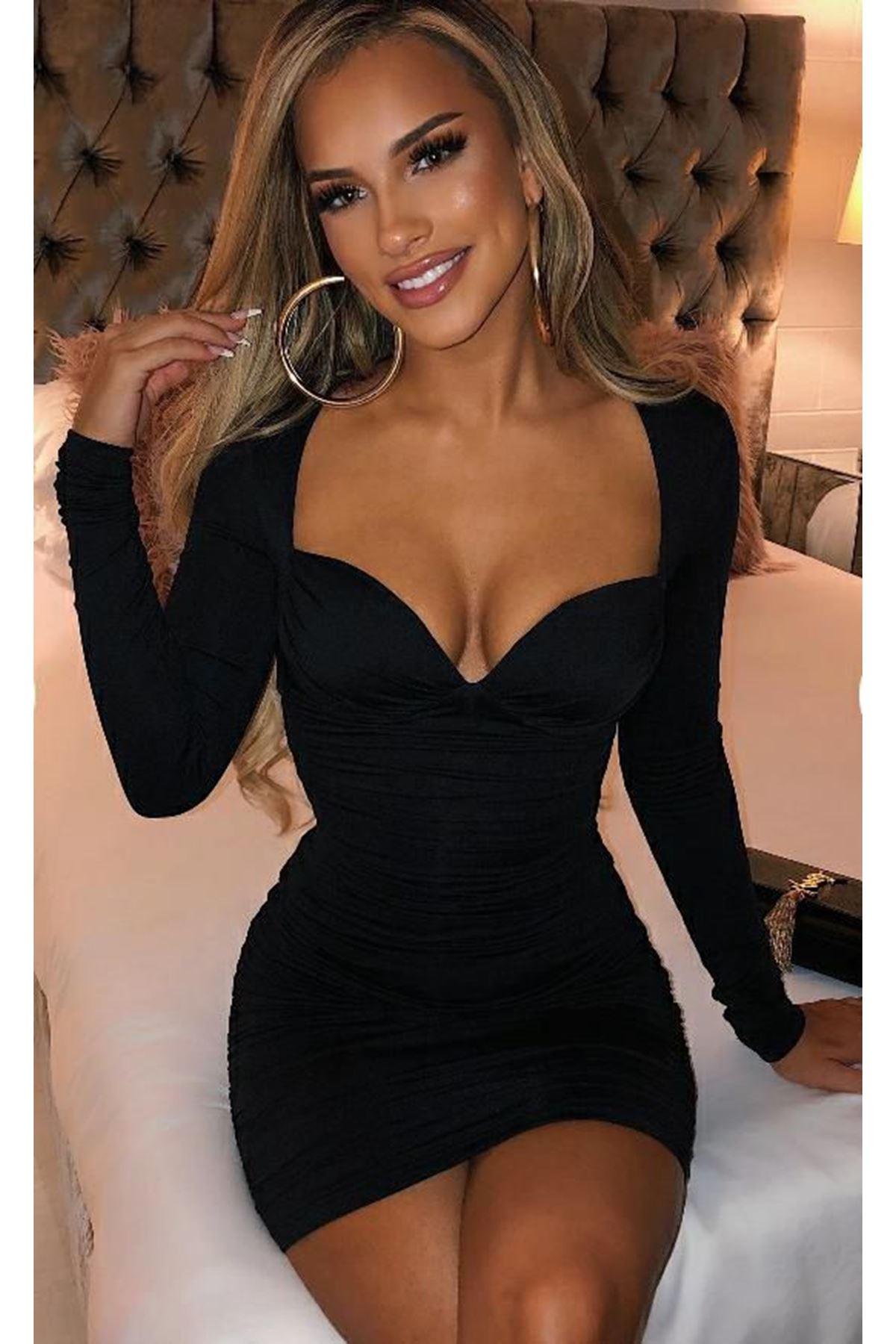 Kalp Yaka Yarı Büzgülü Elbise - SİYAH