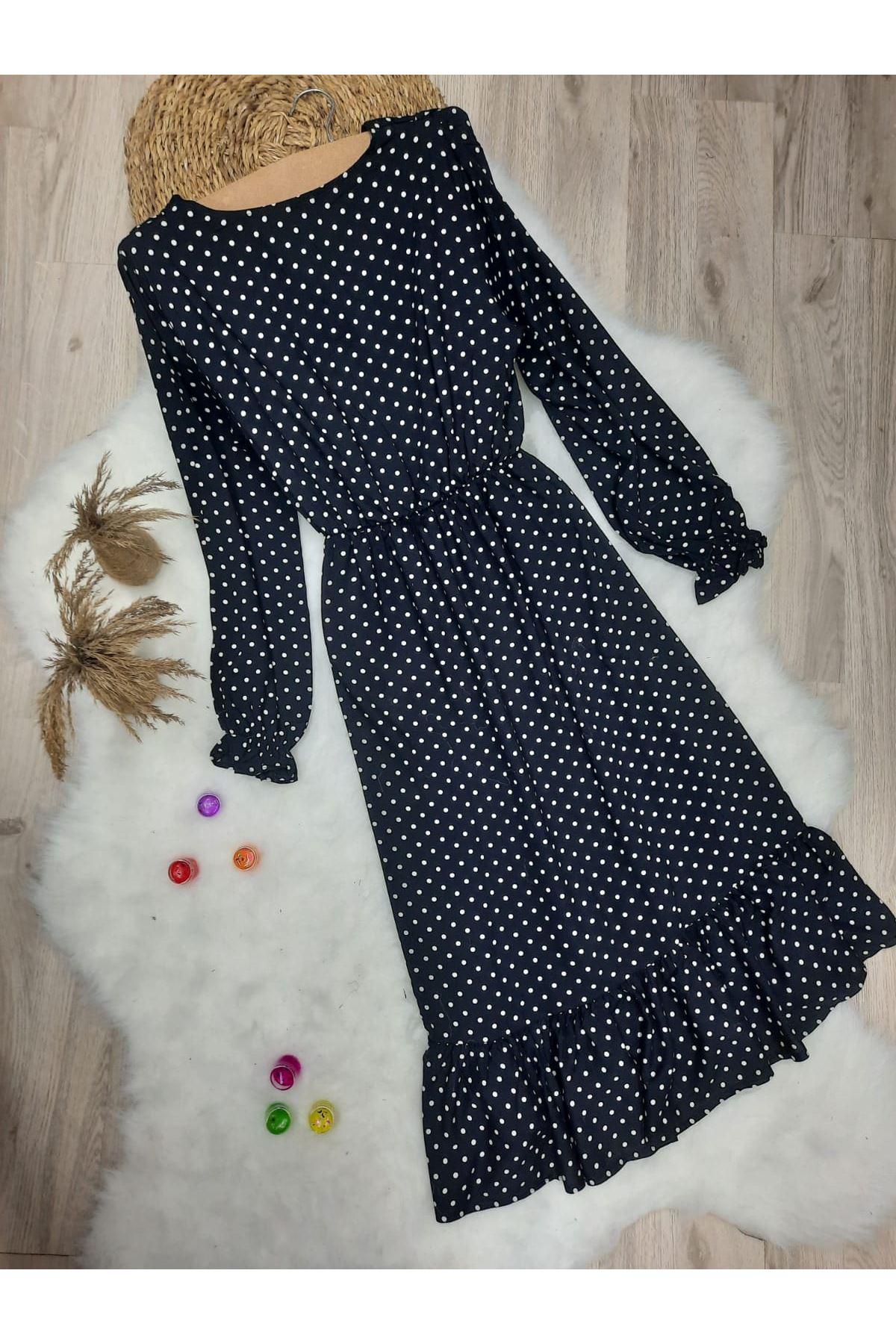 V Yaka Puanlı Yırtmaç Detaylı Elbise - SİYAH