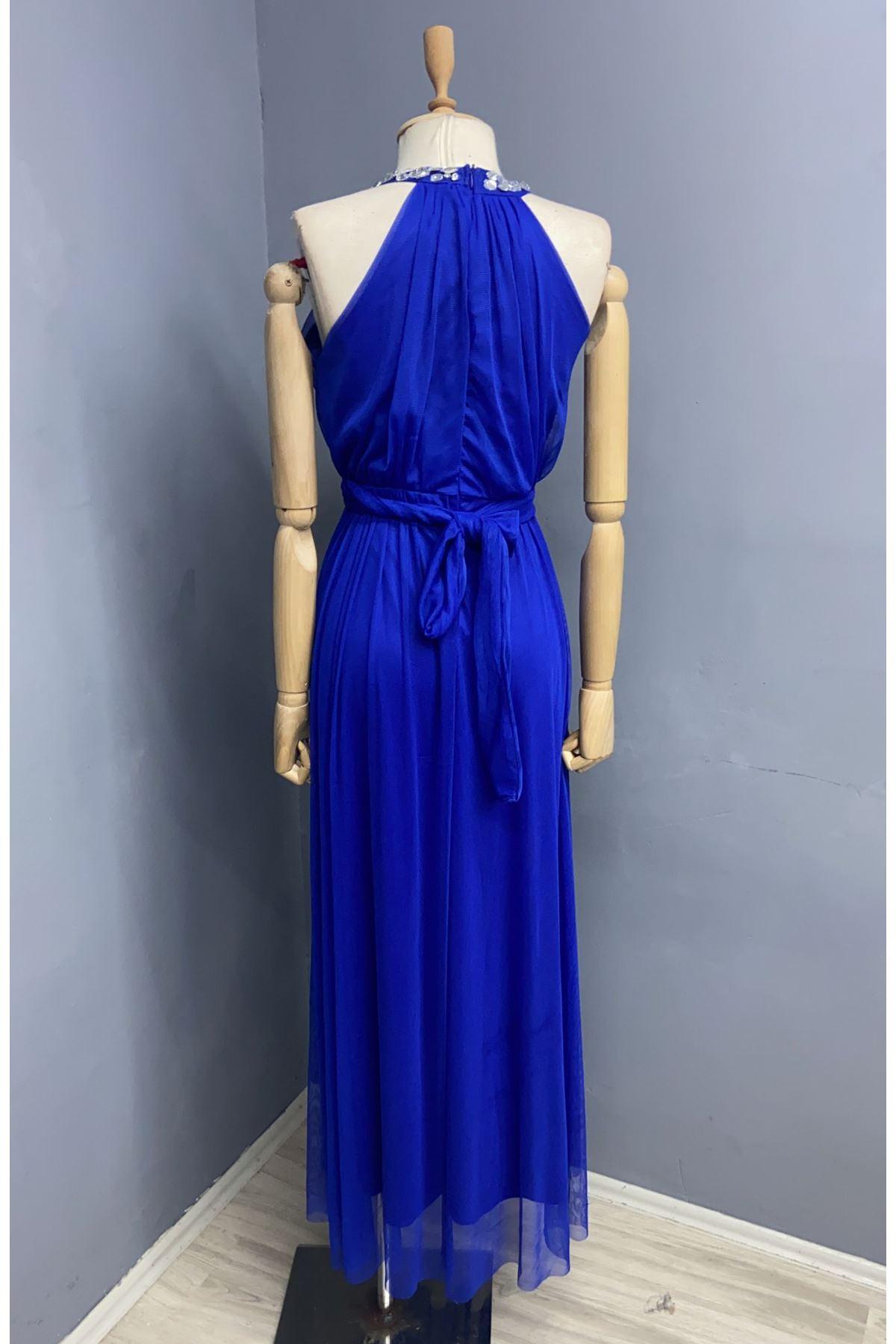 Boyun Detaylı Maxi Elbise - SAX