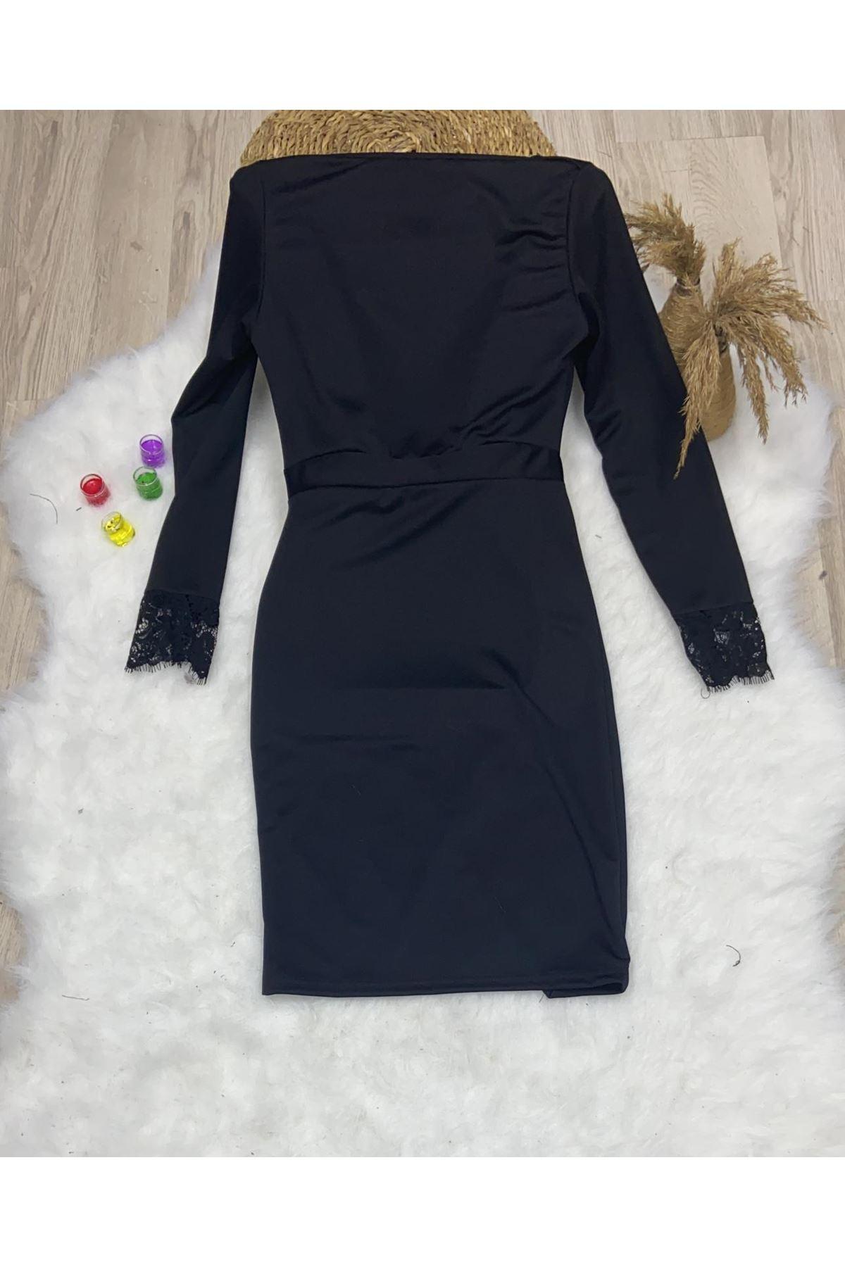 Dantel Detaylı Yırtmaçlı Elbise- Siyah